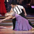 143603_kirstie-alley-and-maksim-chmerkovskiy-on-dancing-with-the-stars-april-11-2011
